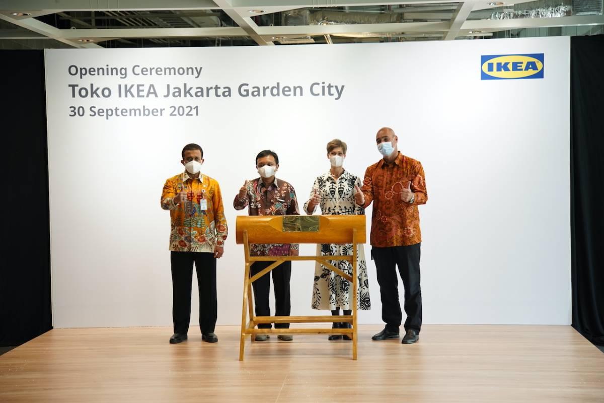 Foto 2 - IKEA JGC Opening Store